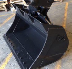 10.0   14.9T 1500mm Tilt Bucket (2) web