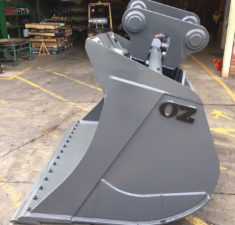 40 45T 2200MM Tilt Bucket (1) web