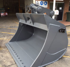 40 45T 2200MM Tilt Bucket (5) web