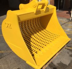 15 22.9T 1500mm Sieve with 100mm x 30mm hole spacings (2) web