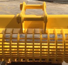 15 22.9T 1500mm Sieve with 100mm x 30mm hole spacings (3) web